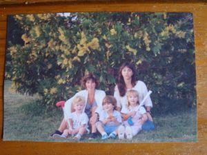 Marcela, Gisella & Niños